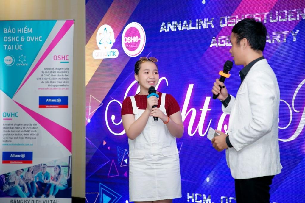 Annalink-oshcstudents-allianz-agent party-HCM-2018 (9)